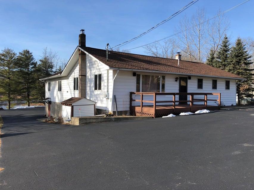 672 Blooming Grove Rd Hawley, PA 18428 - MLS #: 18-567