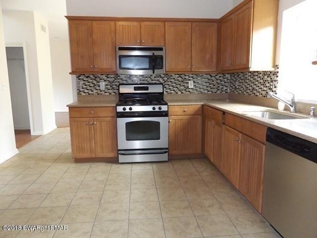 5137 Hemlock Ln Tamiment, PA 18371 - MLS #: 18-634