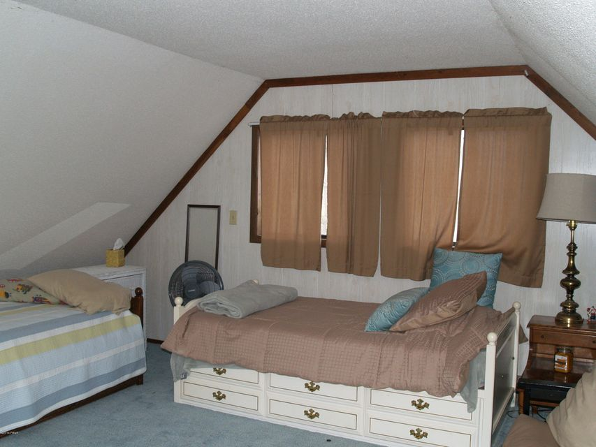 1842 Woodland Ct Lake Ariel, PA 18436 - MLS #: 18-772
