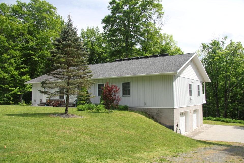 4 Birch Ln Prompton, PA 18456 - MLS #: 18-785