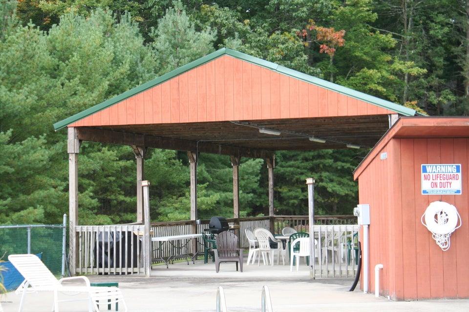 304 Pond Meadow Ter Greentown, PA 18426 - MLS #: 18-803