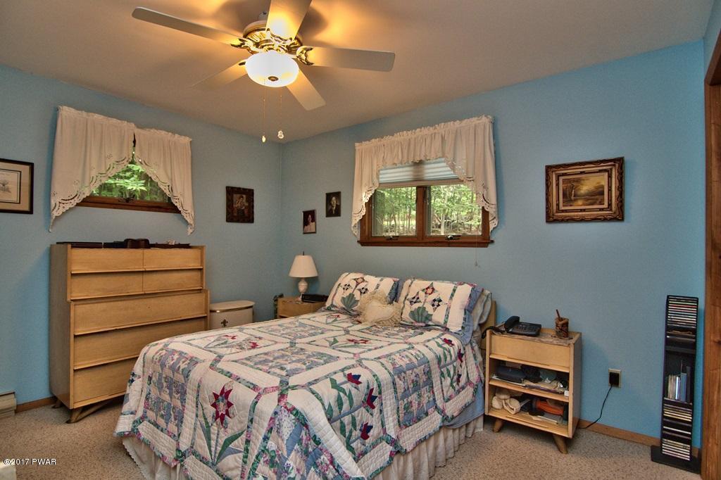 2965 Wedge Dr Lake Ariel, PA 18436 - MLS #: 18-802