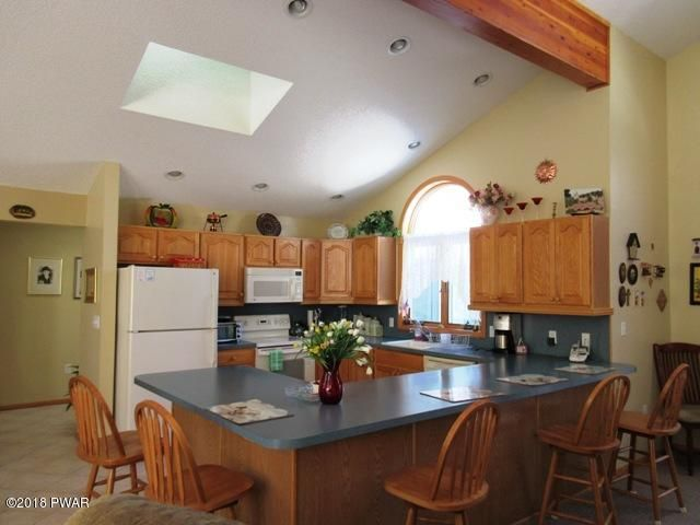 142 Eisenhower Dr Lords Valley, PA 18428 - MLS #: 18-820