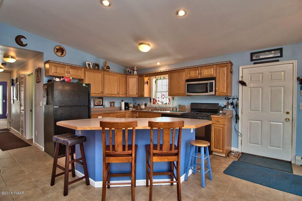 3608 Chestnuthill Dr Lake Ariel, PA 18436 - MLS #: 18-835
