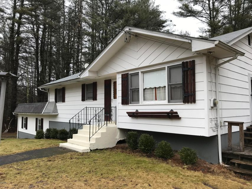 47 S Maplewood Rd Monticello, NY 12701 - MLS #: 18-862