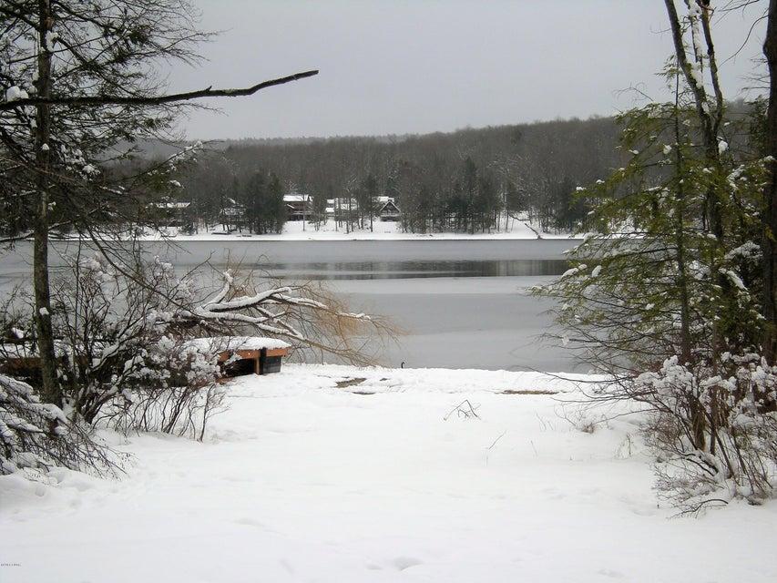 17D Lacawac Rd Lake Ariel, PA 18436 - MLS #: 18-874