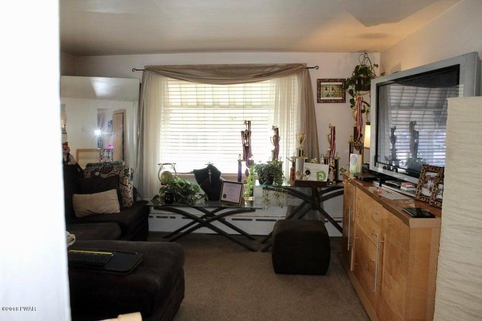 174 Elizabeth St East Stroudsburg, PA 18301 - MLS #: 18-892