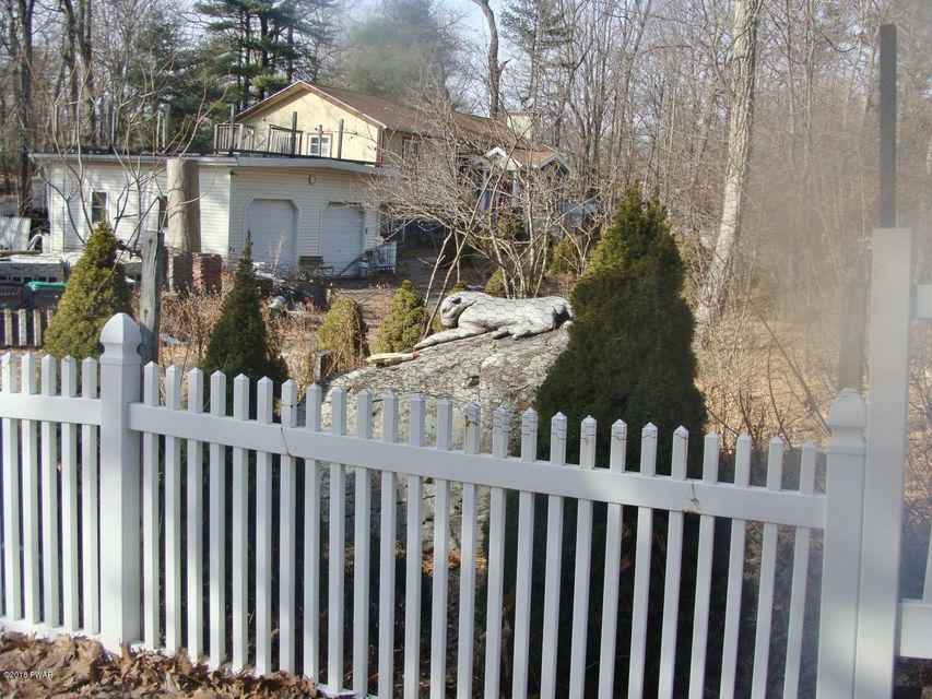 109 Swan Dr Dingmans Ferry, PA 18328 - MLS #: 18-900