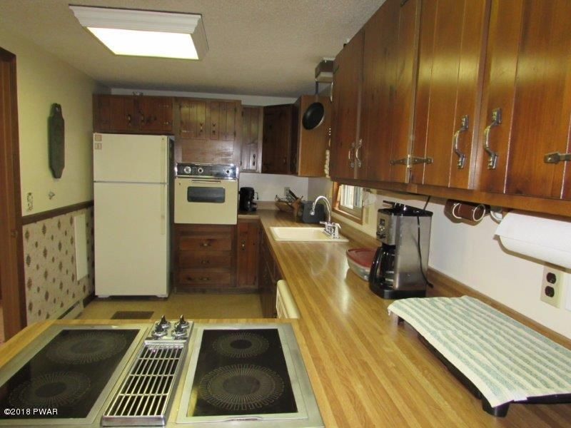 129 Fairview Dr Dingmans Ferry, PA 18328 - MLS #: 18-1159