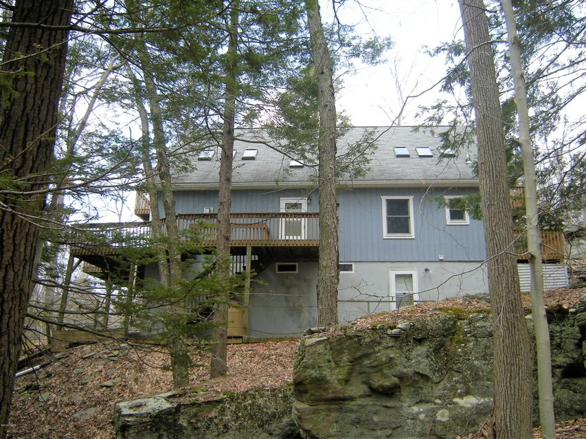 1012 Sundew Rd Lake Ariel, PA 18436 - MLS #: 18-1327