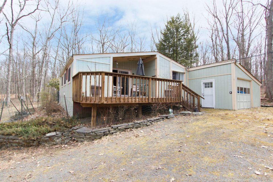 144 White Tail Cir Hawley, PA 18428 - MLS #: 18-1365