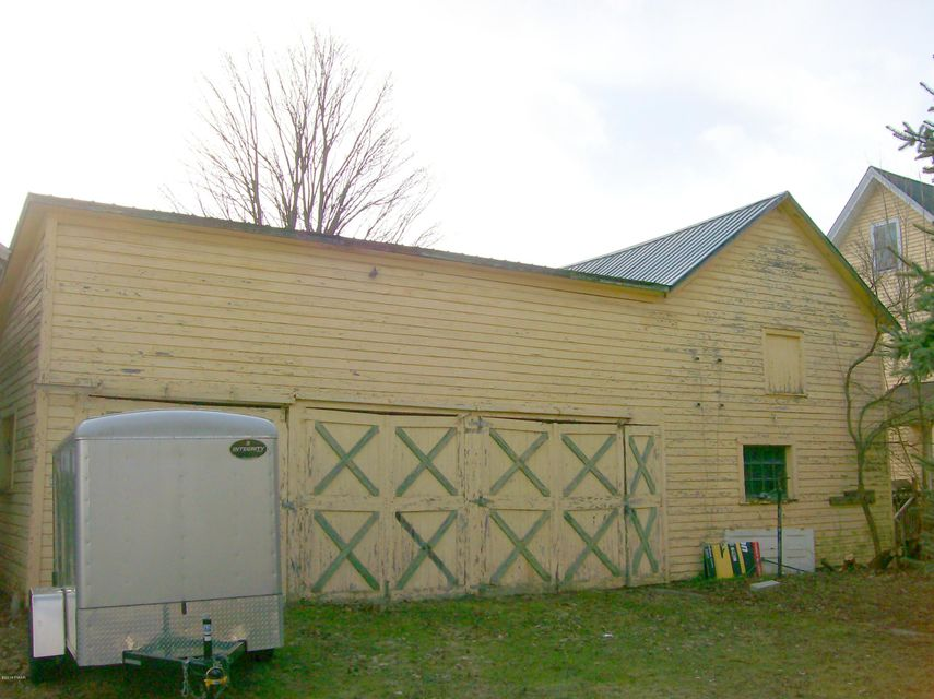 1226 Dyberry Pl Honesdale, PA 18431 - MLS #: 18-1391