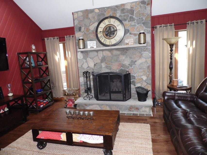 200 Oak Ridge Dr Milford, PA 18337 - MLS #: 18-1384