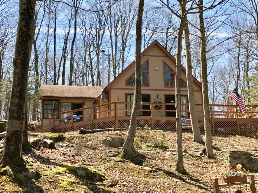 20 Oak Dr Lake Ariel, PA 18436 - MLS #: 18-1381