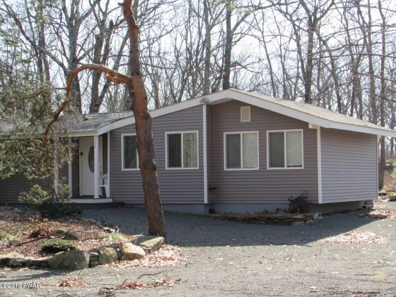 121 Granite Dr Lords Valley, PA 18428 - MLS #: 18-1405
