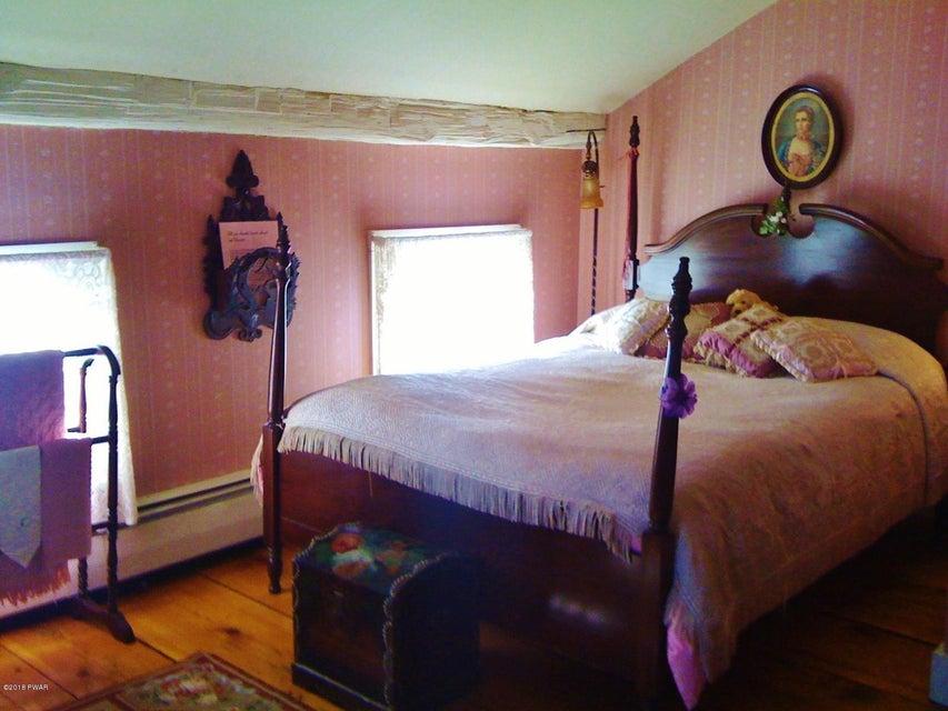 193 St. Mary's Church Road Lake Ariel, PA 18436 - MLS #: 18-1670