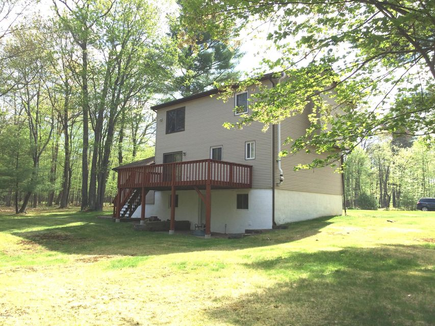 105 Apache Trl Dingmans Ferry, PA 18328 - MLS #: 18-1710