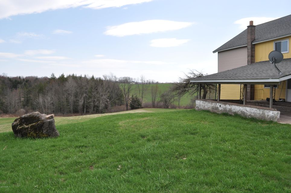 54 Burns Rd Waymart, PA 18472 - MLS #: 18-1794