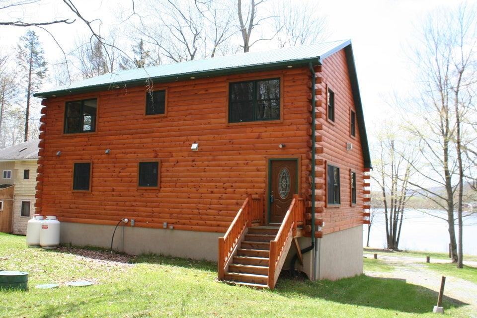 61 Giles Rd Waymart, PA 18472 - MLS #: 18-1881