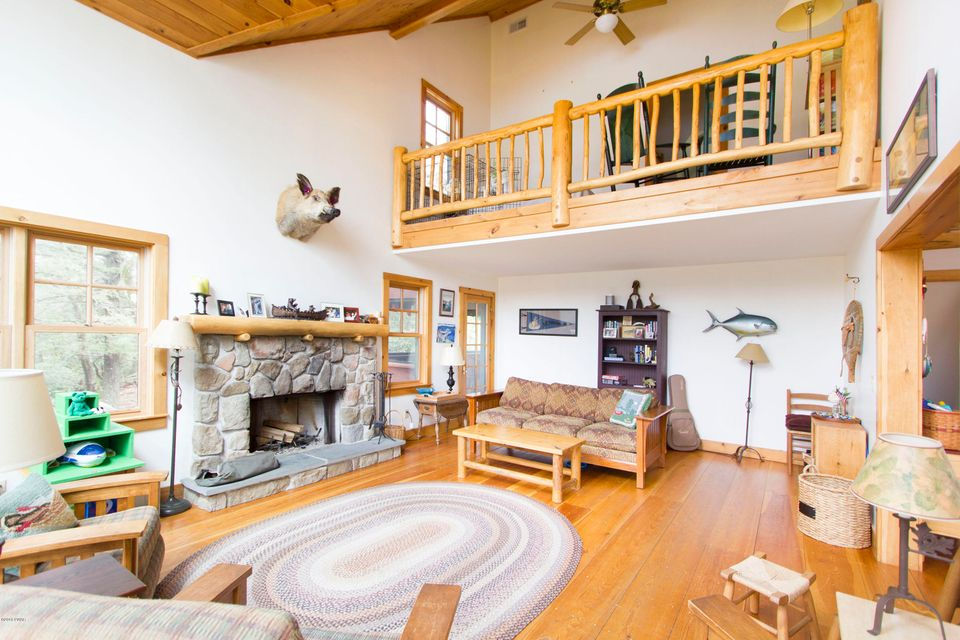 113 Fairview Point Rd Paupack, PA 18451 - MLS #: 18-1923