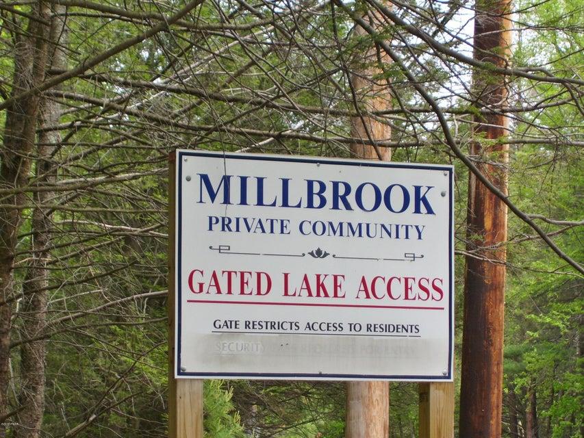 118 Hemlock Brook Trl Greentown, PA 18426 - MLS #: 18-1932