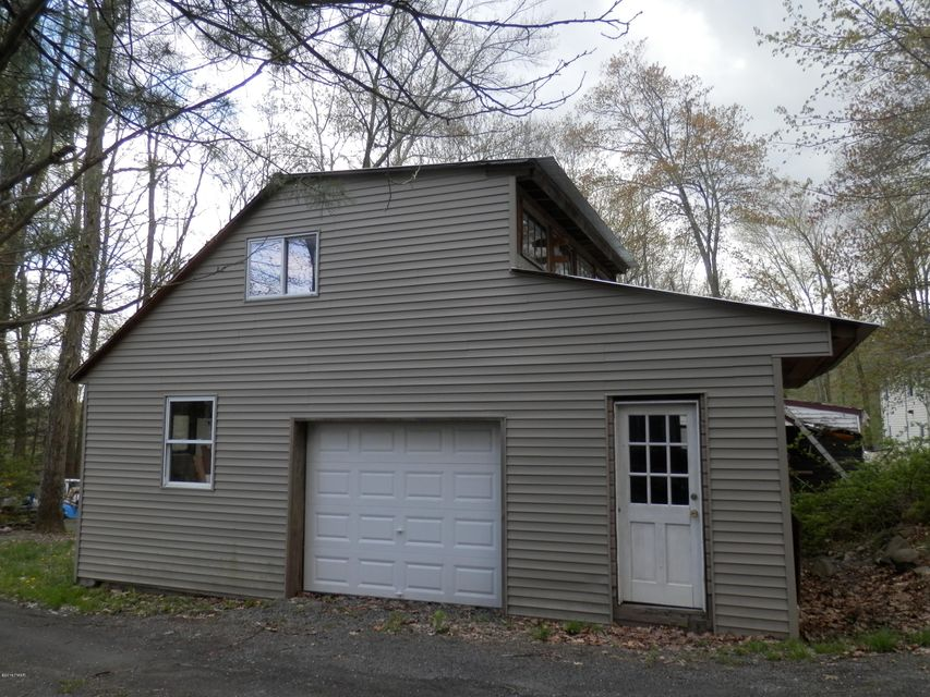 104 Dillon Rd Dingmans Ferry, PA 18328 - MLS #: 18-1962