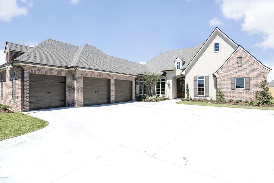 113 Snapping Lane, Broussard, LA 70518