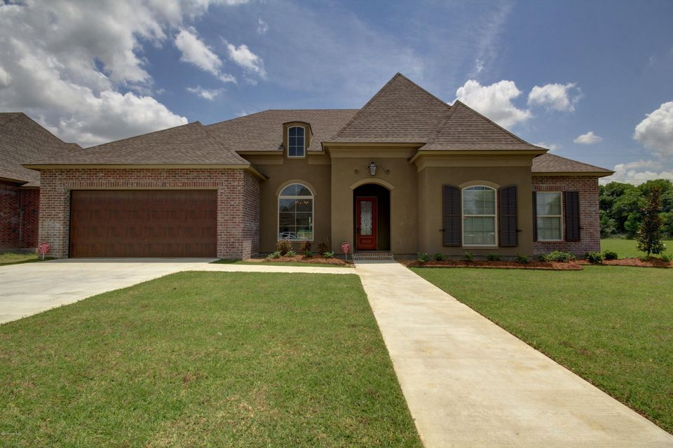 107 Henry James, Youngsville, LA 70592