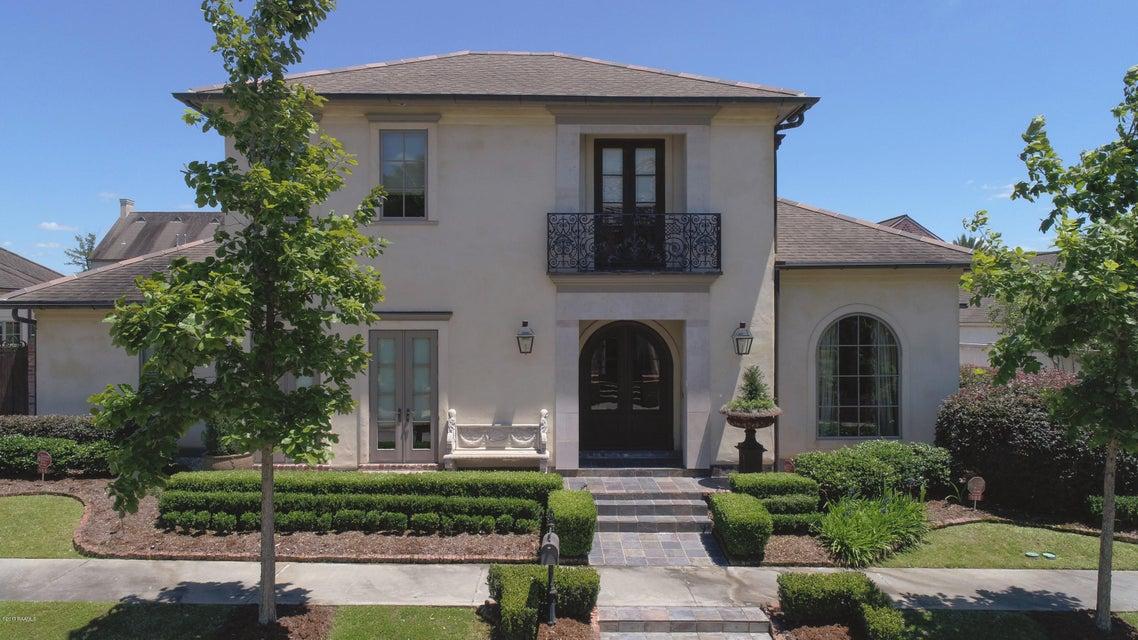 105 Pinewoods Drive, Lafayette, LA 70508