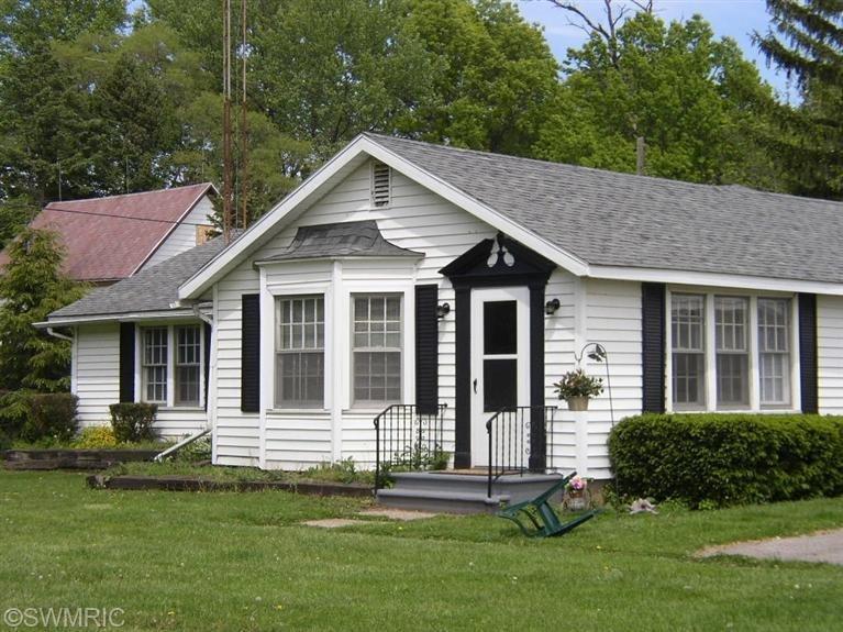 Farm / Ranch / Plantation for Sale at 3463 Cleveland St. Joseph, Michigan 49085 United States