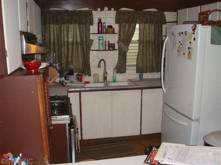 59196 Lakeshore , Colon, MI 49040 Photo 9