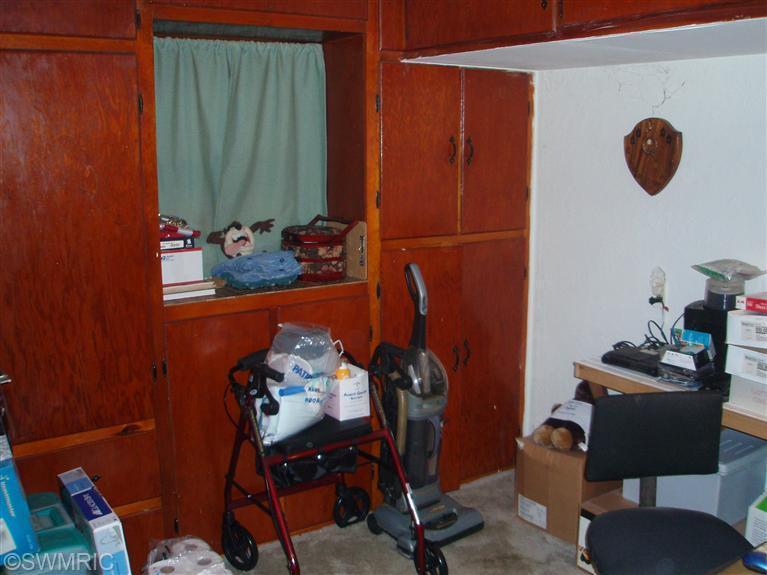 59196 Lakeshore , Colon, MI 49040 Photo 15