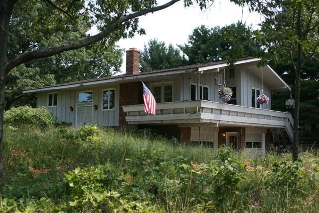 Single Family Home for Sale at 3181 OAK 3181 OAK Stevensville, Michigan 49127 United States