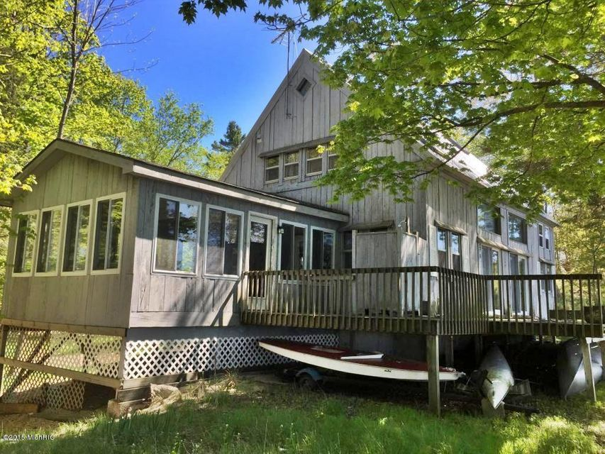 Single Family Home for Sale at 4148 University Manistee, Michigan 49660 United States