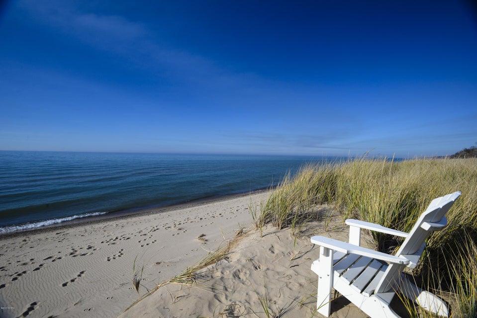 474 lake shore drive south haven mi 49090 sold for Beach house designs south haven mi