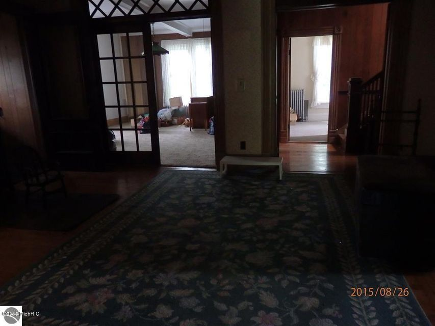 Additional photo for property listing at 492 Parkdale 492 Parkdale Manistee, Michigan 49660 United States