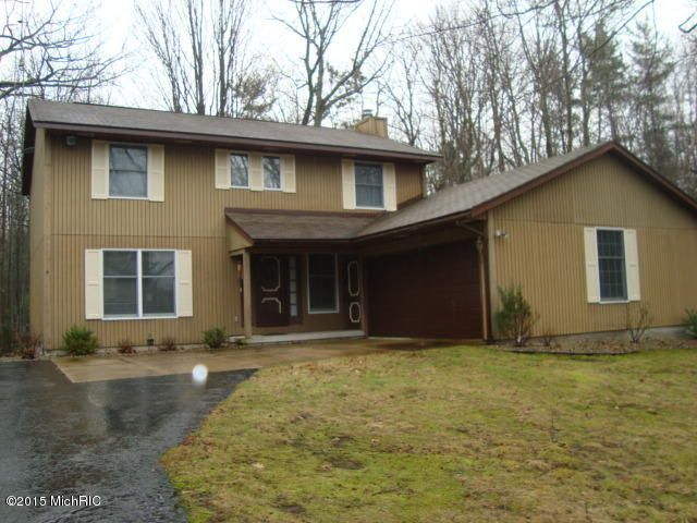 Single Family Home for Sale at 4249 fox farm Road Manistee, Michigan 49660 United States