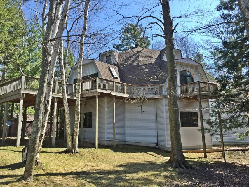 Single Family Home for Sale at 5136 Fox Farm Manistee, Michigan 49660 United States