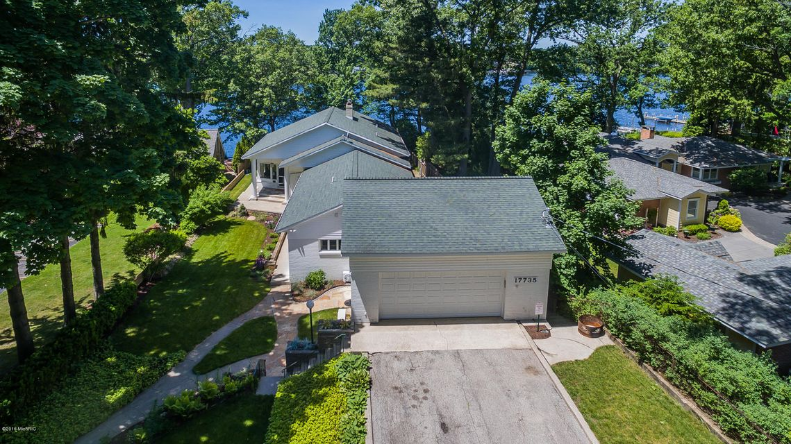 Single Family Home for Sale at 17735 Oakwood Spring Lake, Michigan 49456 United States