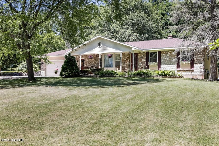 Single Family Home for Sale at 7613 Leonard Coopersville, Michigan 49404 United States