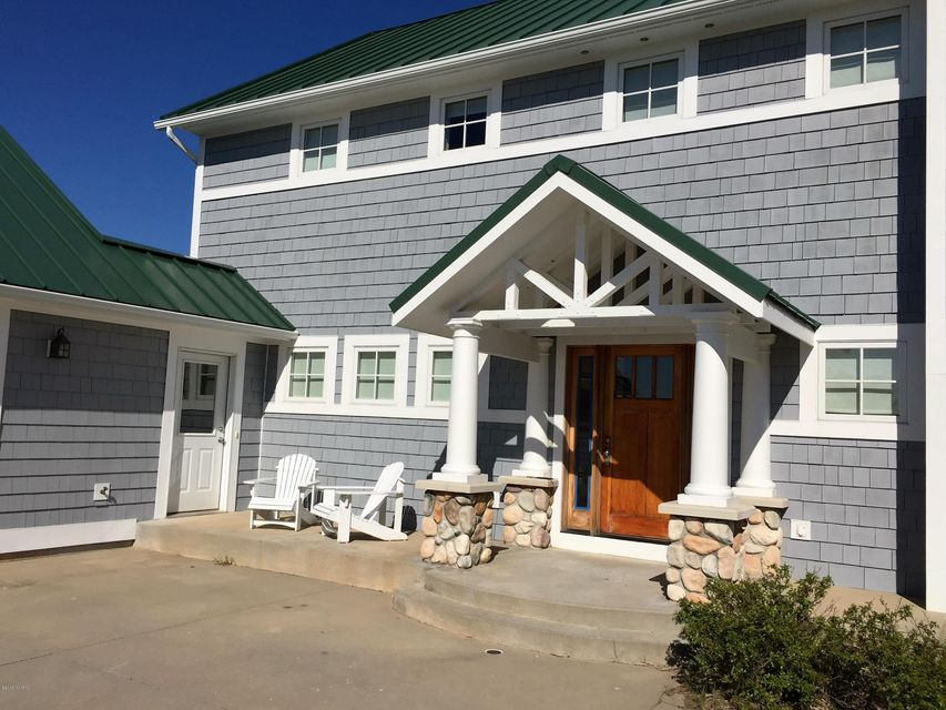 Additional photo for property listing at 316 Dunes  Manistee, Michigan 49660 United States