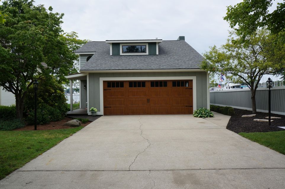 Single Family Home for Sale at 1746 Waukazoo Holland, Michigan 49424 United States
