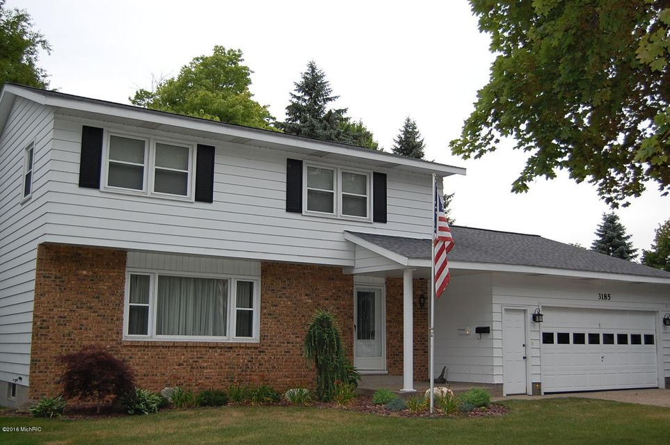 Single Family Home for Sale at 3185 Eastland Muskegon, Michigan 49441 United States