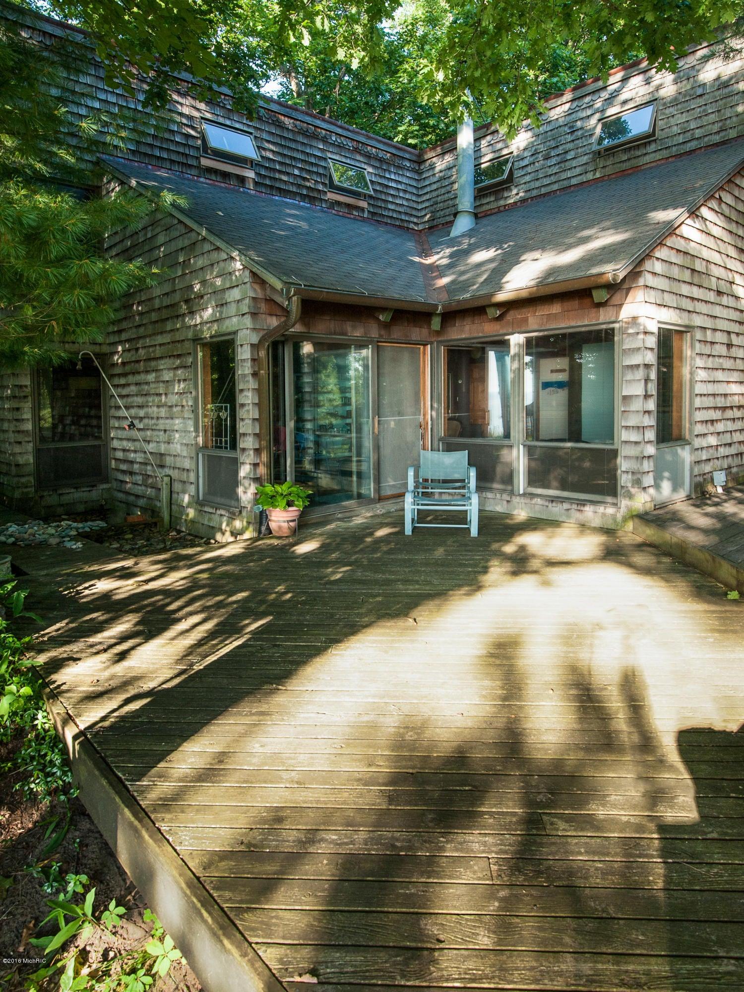 Casa Unifamiliar por un Venta en 35750 Blue Star Covert, Michigan 49043 Estados Unidos