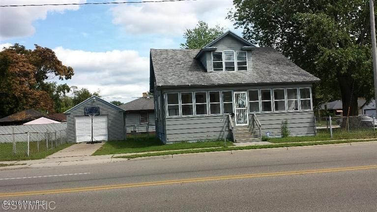 Single Family Home for Sale at 840 GETTY Muskegon, Michigan 49442 United States