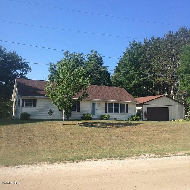 Single Family Home for Sale at 5233 Mustang Fountain, Michigan 49410 United States