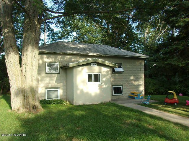 Single Family Home for Sale at 459 Gillespie 459 Gillespie Manistee, Michigan 49660 United States