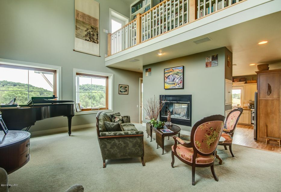 Additional photo for property listing at 19632 North Shore  Spring Lake, Michigan 49456 United States