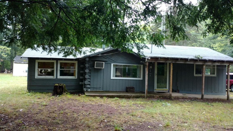 Single Family Home for Sale at 12555 River Brethren, Michigan 49619 United States