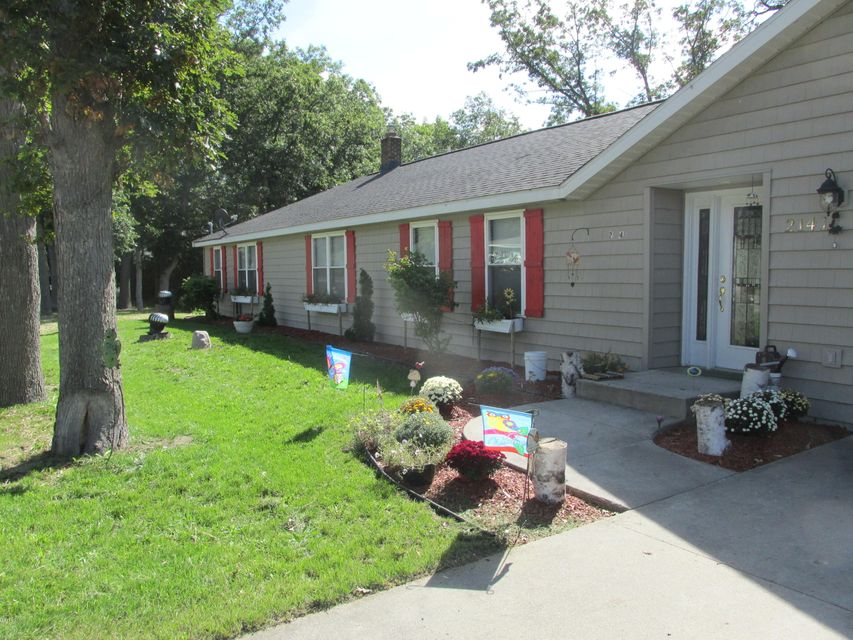 Single Family Home for Sale at 2141 Stronach Manistee, Michigan 49660 United States